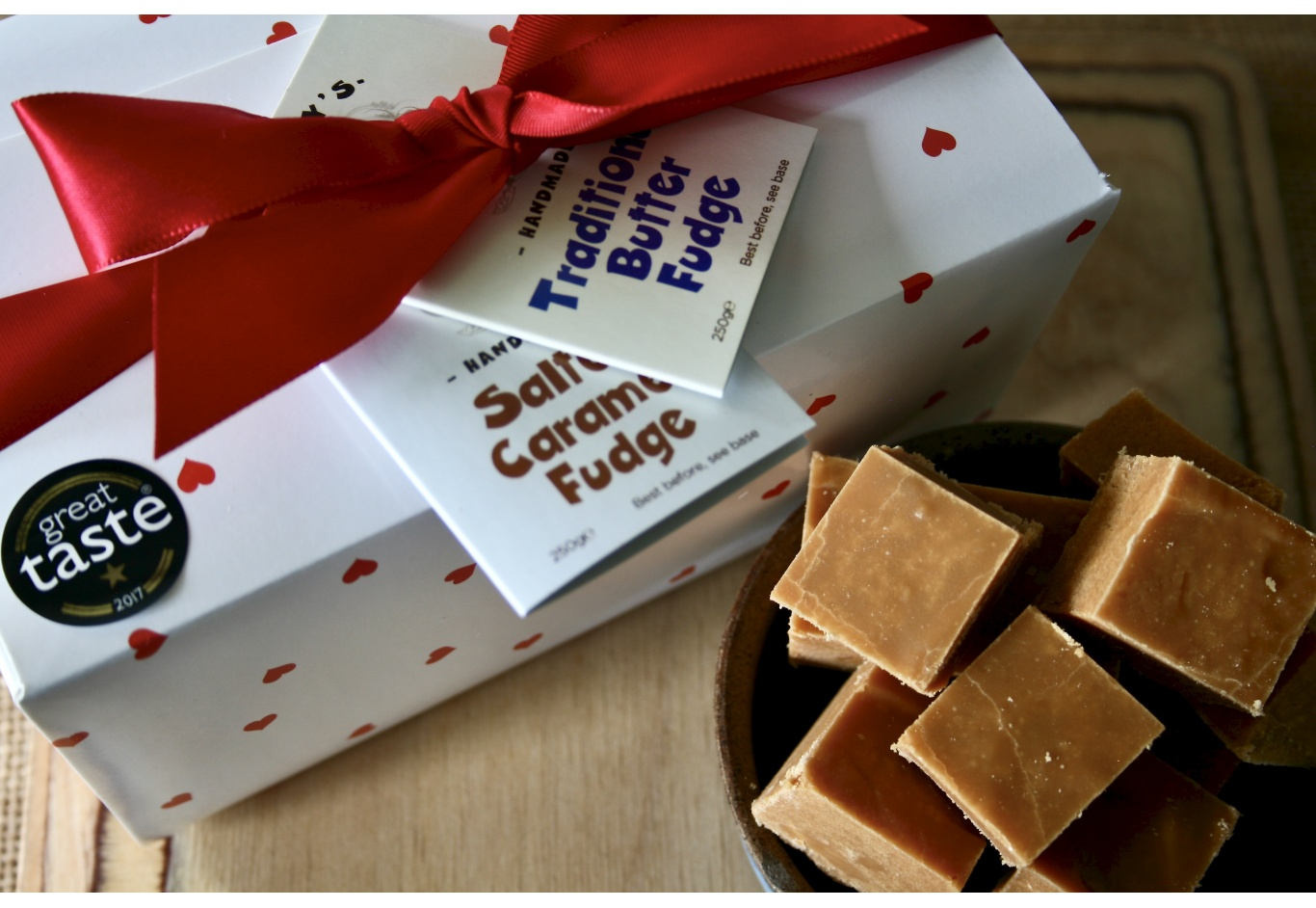 The Romantic Fudge Gift Box (500g)