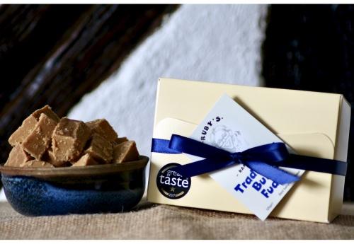The Classic Fudge Gift Box (250g)