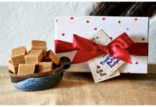 The Romantic Fudge Gift Box (500g)