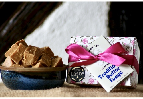 The Floral Fudge Gift Box (125g)