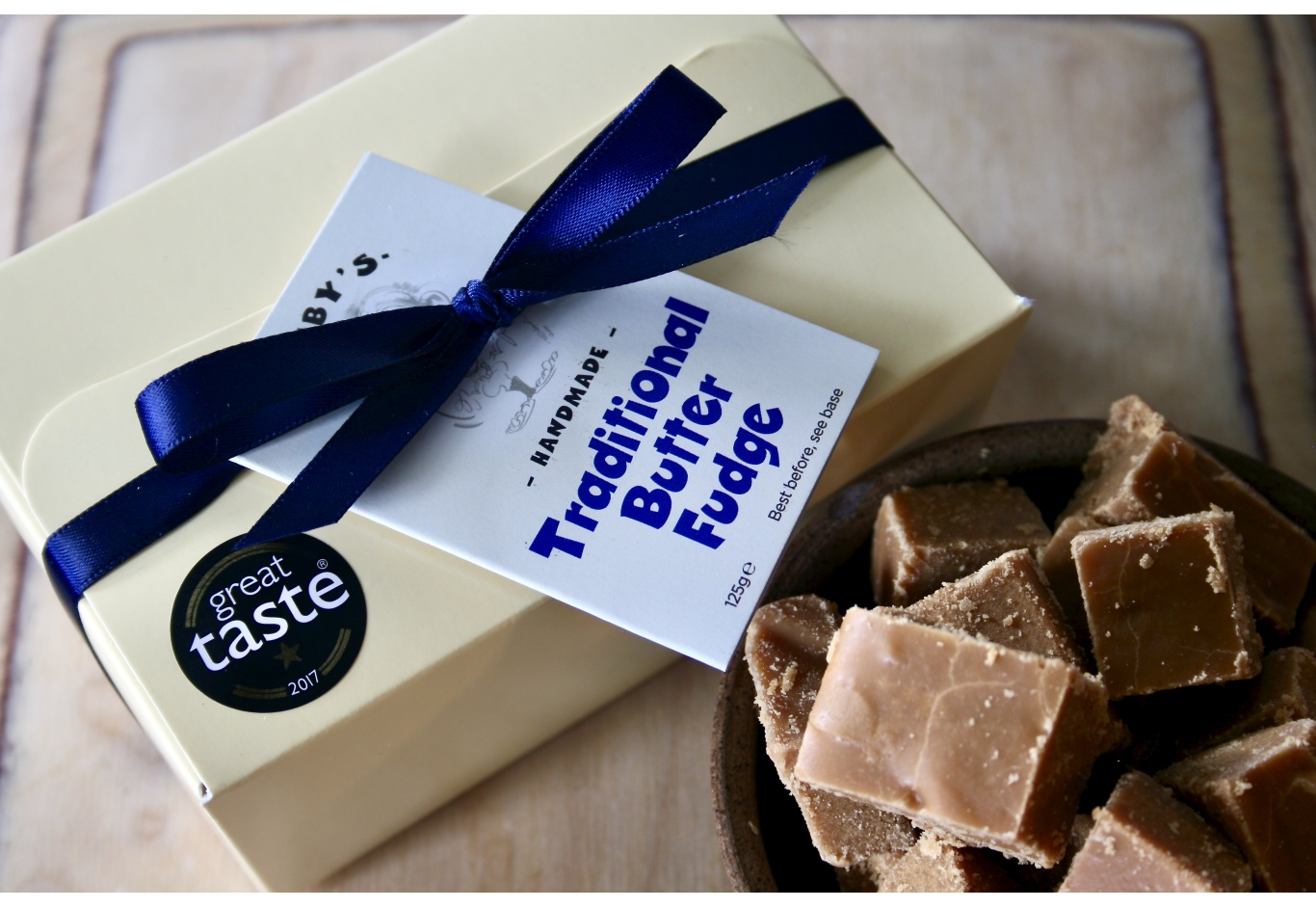 The Classic Fudge Gift Box (250g)